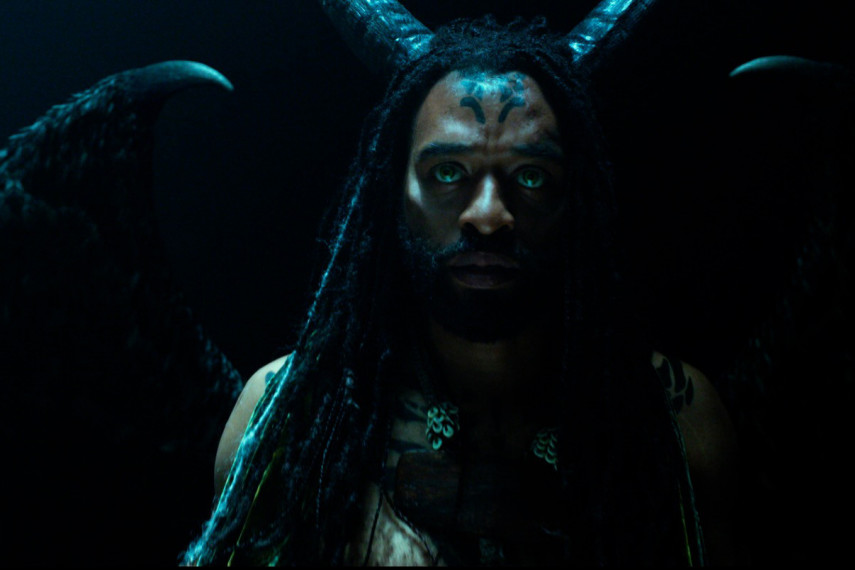 /db_data/movies/maleficent2/scen/l/410_13_-_Connal_Chiwetel_Ejiofor__ov_org.jpg