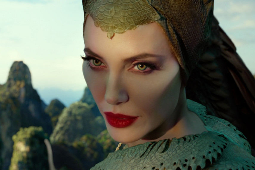 /db_data/movies/maleficent2/scen/l/410_16_-_Maleficent_Angelina_Jolie_ov_org.jpg