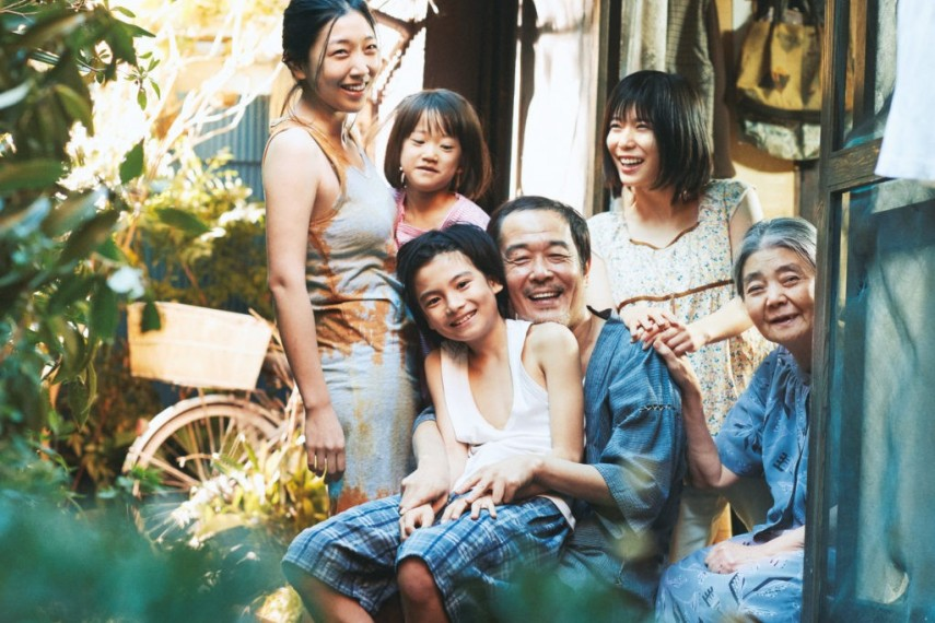 /db_data/movies/manbikikazoku/scen/l/SHOPLIFTERS-Kore-eda-03_c__201.jpg