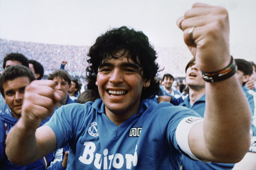 /db_data/movies/maradona2019/scen/l/100_DM.First.Scudetto.Cheering.jpg