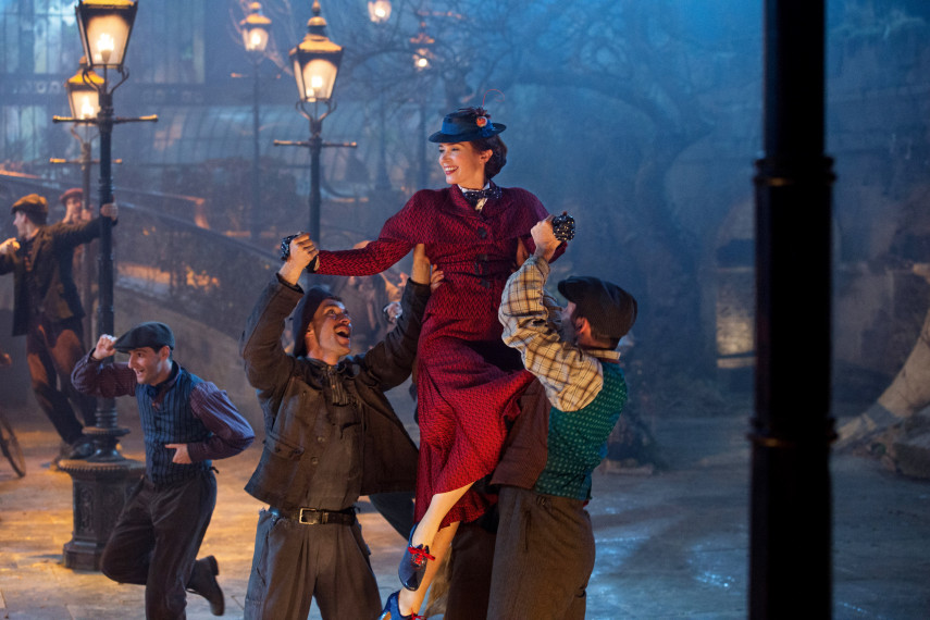 /db_data/movies/marypoppinsreturns/scen/l/410_11_-_Mary_Poppins_Emily_Blunt.jpg