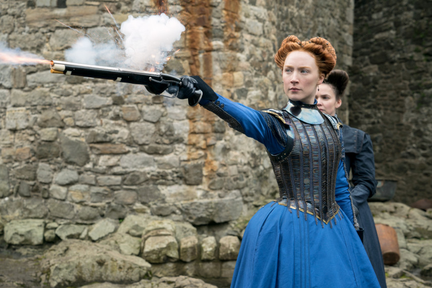 /db_data/movies/maryqueenofscots2017/scen/l/410_10_-_Mary_Saoirse_Ronan_ov.jpg
