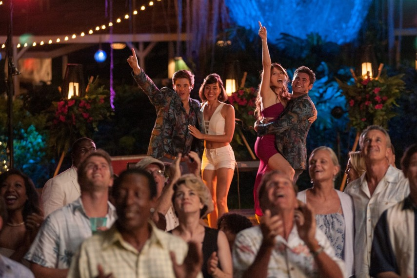 /db_data/movies/mikeanddaveneedweddingdates/scen/l/457-Picture2-af6.jpg