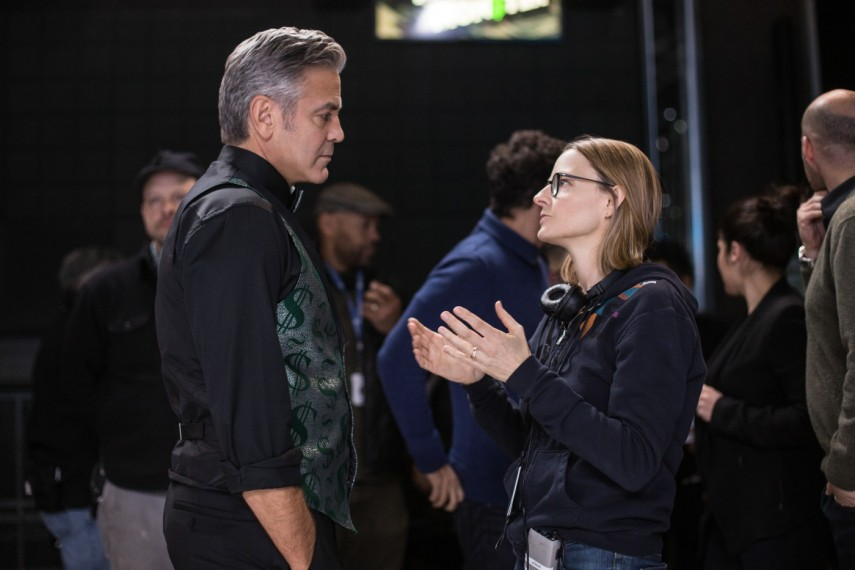 /db_data/movies/moneymonster/scen/l/420_02_-_George_Clooney_with_D.jpg