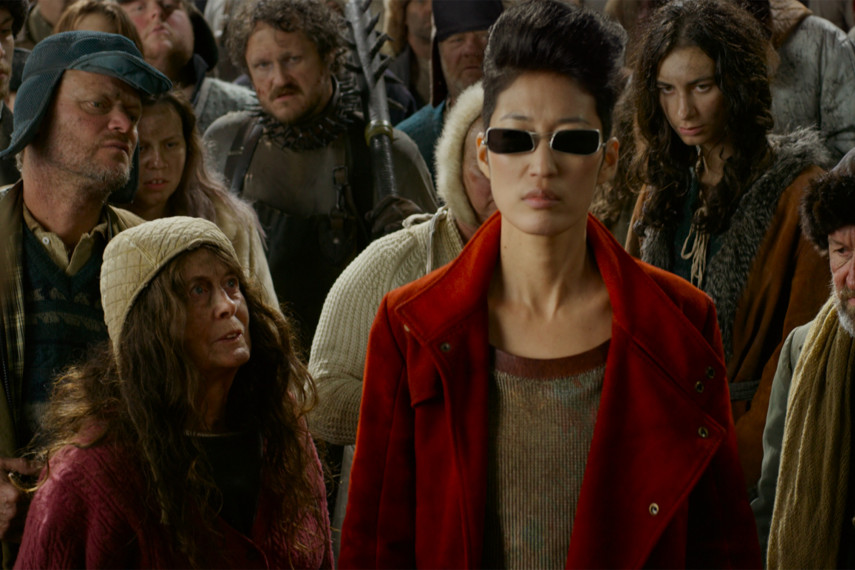 /db_data/movies/mortalengines/scen/l/410_07_-_Anna_Jihae_ov_original.jpg