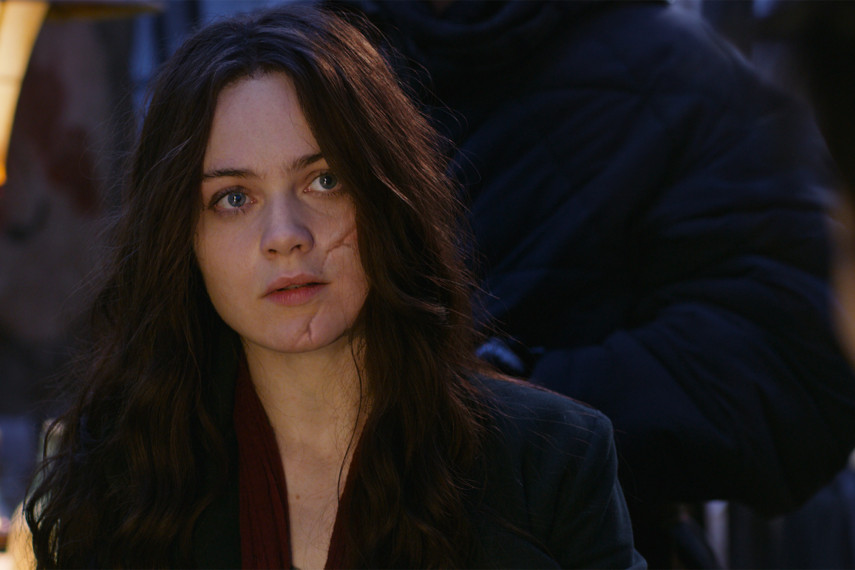 /db_data/movies/mortalengines/scen/l/410_09_-_Hester_Shaw_Hera_Hilmar_ov_original.jpg