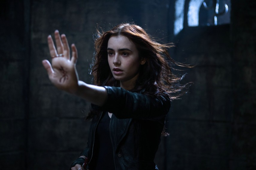 /db_data/movies/mortalinstruments/scen/l/Szenenbild_011400x933.jpg