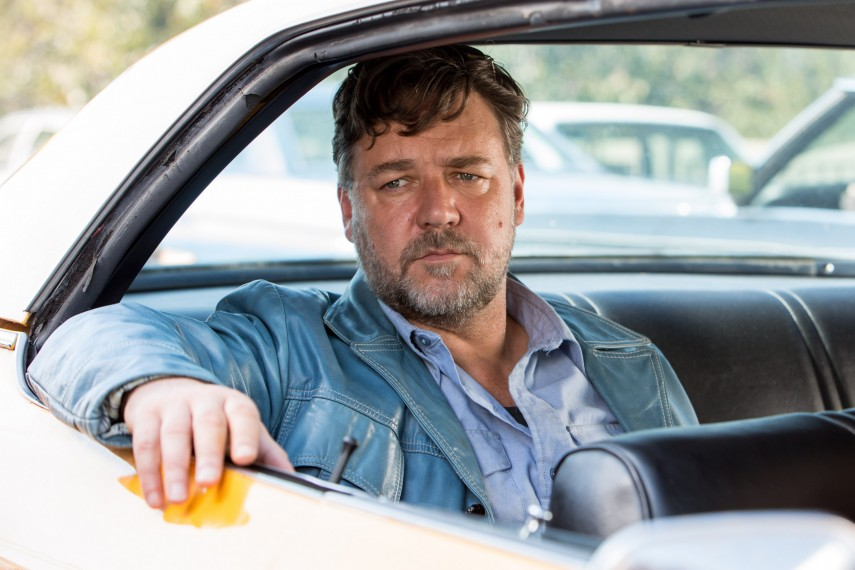 /db_data/movies/niceguys/scen/l/410_01_-_Jackson_Healy_Russell_Crowe.jpg