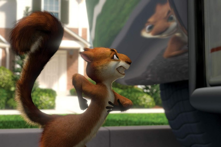 /db_data/movies/overthehedge/scen/l/Hammy-showing-whos-boss-over-t.jpg