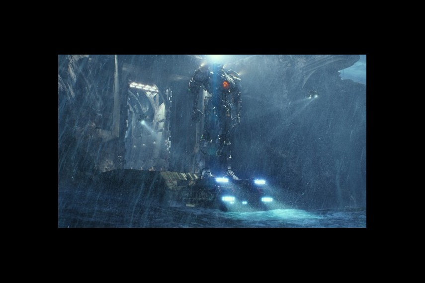 /db_data/movies/pacificrim/scen/l/1-Picture40-b40.jpg