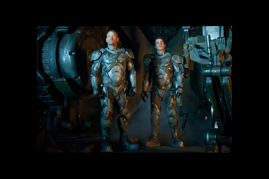 /db_data/movies/pacificrim/scen/l/1-Picture57-760.jpg