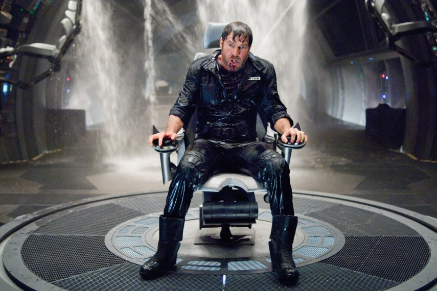/db_data/movies/pandorum/scen/l/Pandorum_05.jpg