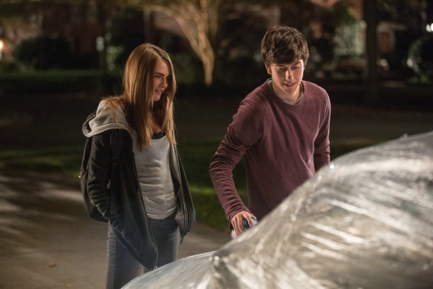/db_data/movies/papertowns/scen/l/1-Picture1-090.jpg