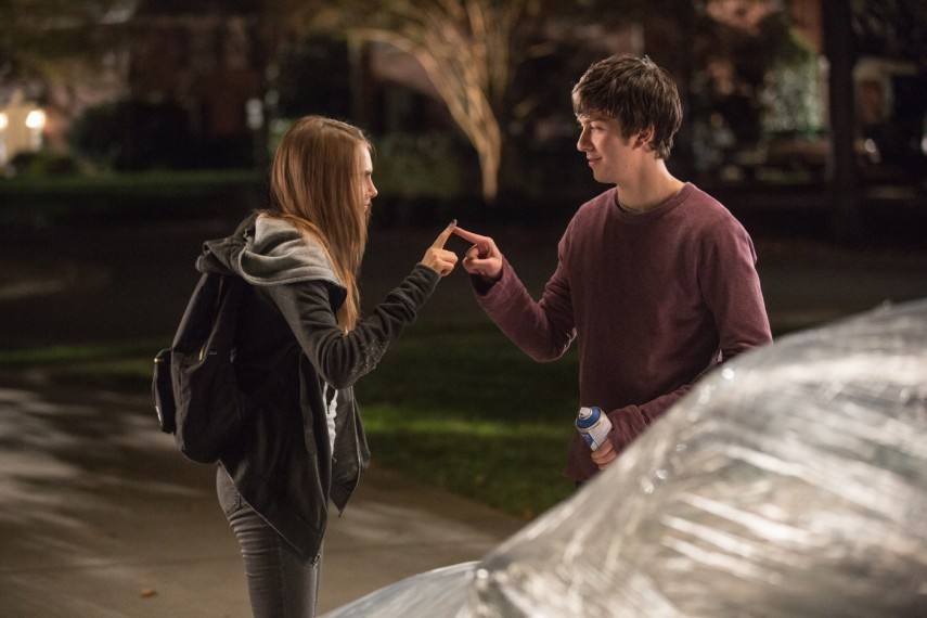 /db_data/movies/papertowns/scen/l/1-Picture5-d5a.jpg
