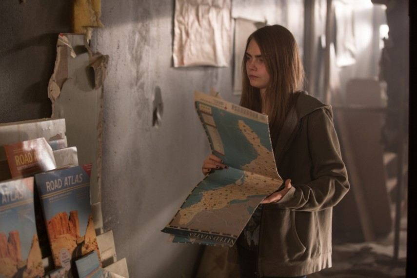 /db_data/movies/papertowns/scen/l/1-Picture9-ce0.jpg