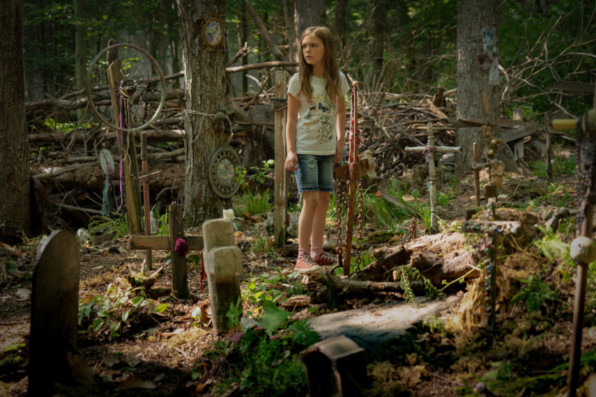 /db_data/movies/petsematary/scen/l/410_18_-_Ellie_Jete_Laurence_ov_org.jpg