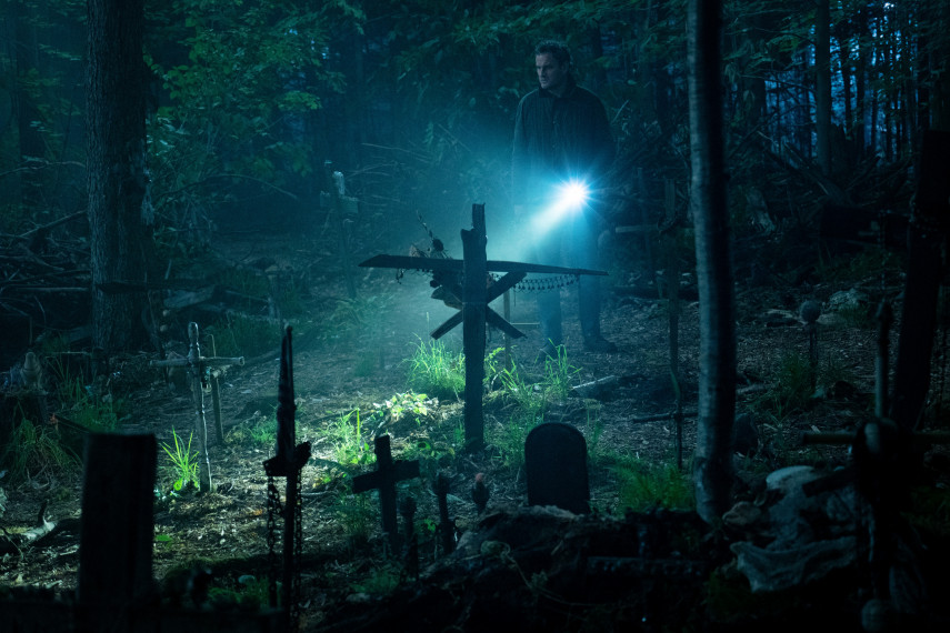 /db_data/movies/petsematary/scen/l/410_23_-_Louis_Jason_Clarke_ov_org.jpg