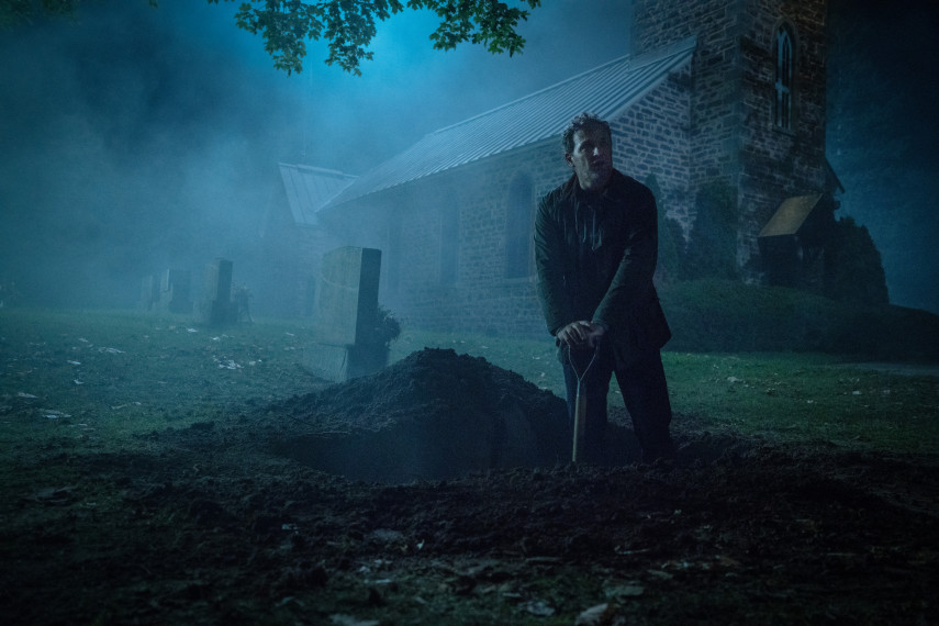 /db_data/movies/petsematary/scen/l/410_28_-_Louis_Jason_Clarke_ov_org.jpg