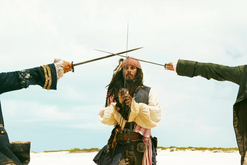 /db_data/movies/piratesofthecaribbean2/scen/l/pirates2_03.jpg