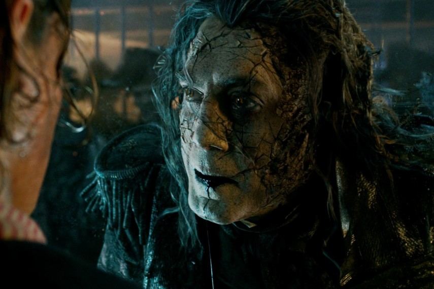/db_data/movies/piratesofthecaribbean5/scen/l/410_03_-_Captain_Salazar_Javier_Bardem.jpg