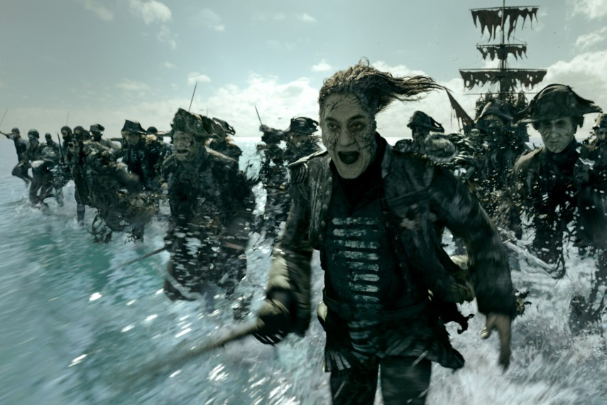 /db_data/movies/piratesofthecaribbean5/scen/l/410_15_-_Captain_Salazar_Javier_Bardem.jpg