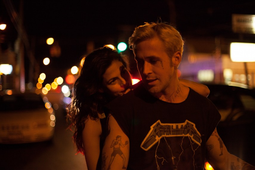 /db_data/movies/placebeyondthepines/scen/l/4072_D001_00796.jpg