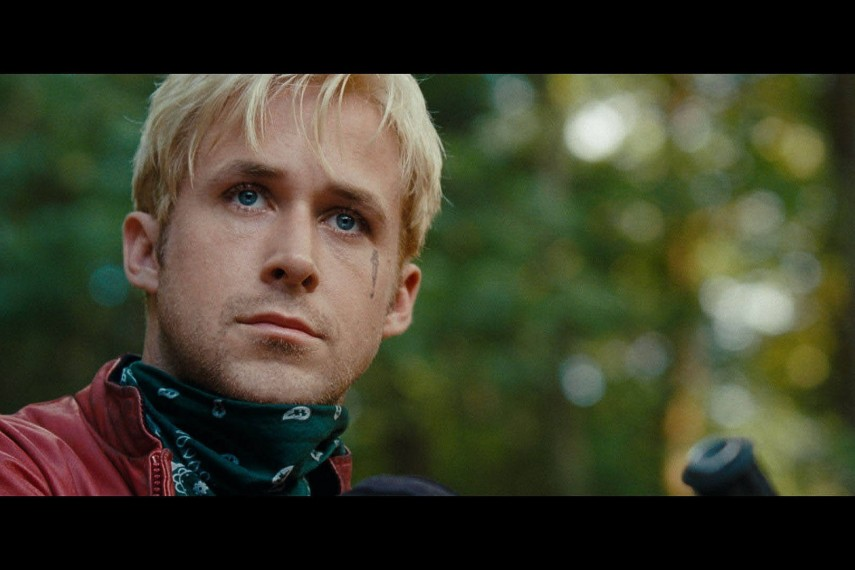 /db_data/movies/placebeyondthepines/scen/l/4072_FP_00020.jpg