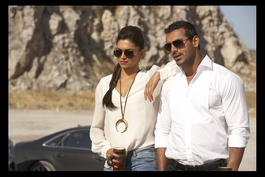 /db_data/movies/race20082/scen/l/MV5BMjA5Mzg5MjI0MF5BMl5BanBnXk.jpg