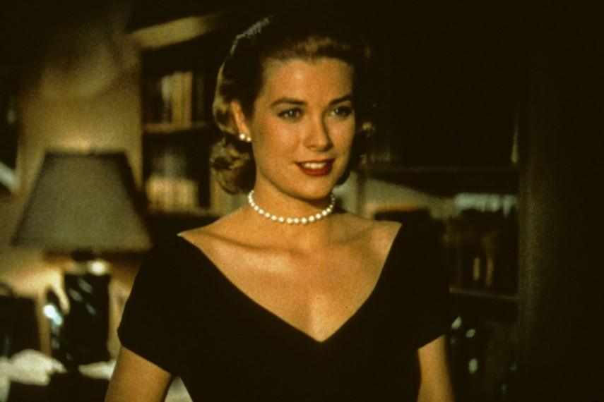 /db_data/movies/rearwindow/scen/l/picture-of-grace-kelly-in-rear.jpg