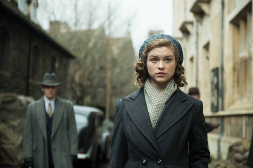 /db_data/movies/redjoan/scen/l/410_15_-_Scene_Picture__Nick_Wall_ov_org.jpg
