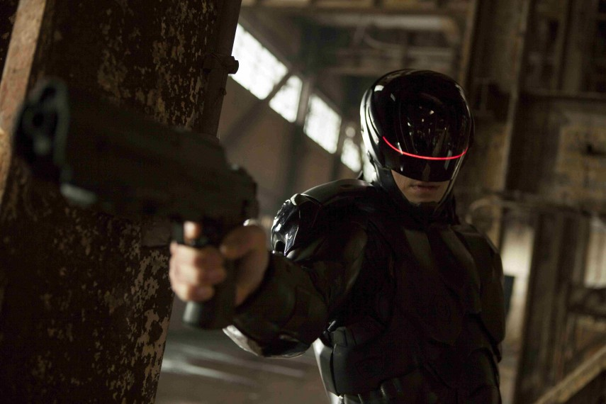 /db_data/movies/robocop2014/scen/l/Robocop_003_230.jpg