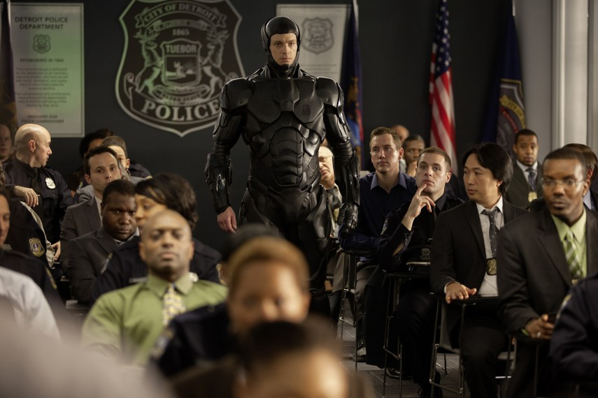 /db_data/movies/robocop2014/scen/l/Robocop_013_230.jpg