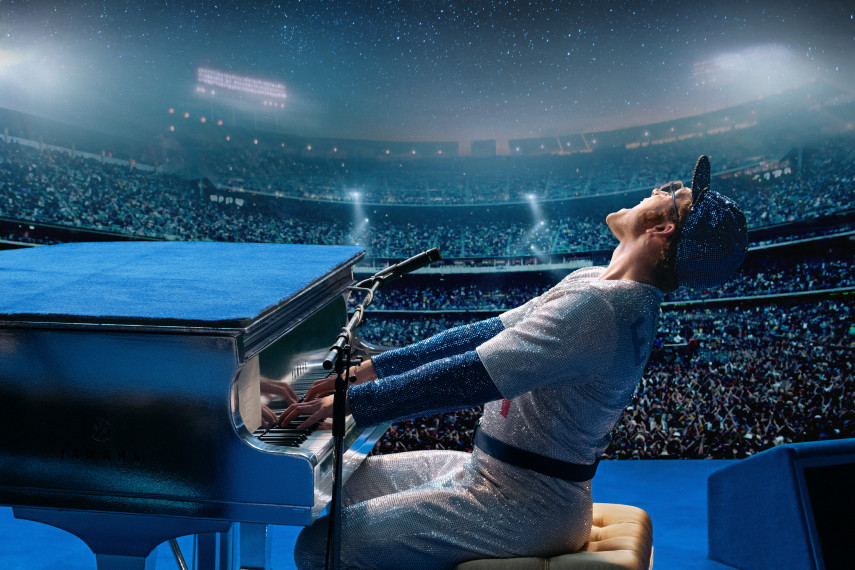 /db_data/movies/rocketman/scen/l/410_02_-_Elton_John_Taron_Egerton_ov.jpg