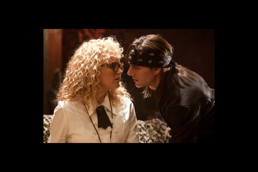 /db_data/movies/rockofages/scen/l/1-Picture5TomCruiseProduction-224.jpg
