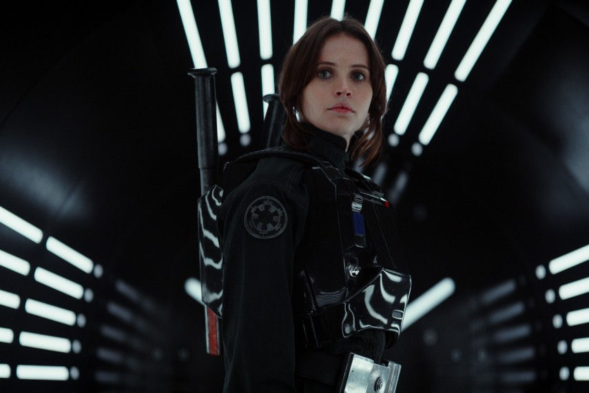 /db_data/movies/rogueoneastarwarsstory/scen/l/410_06_-_Jyn_Erso_Felicity_Jones.jpg