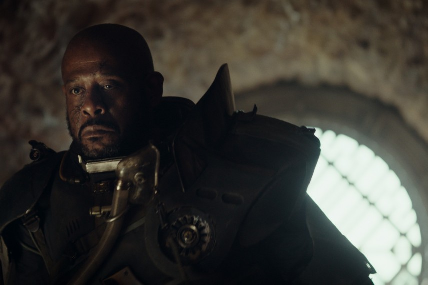 /db_data/movies/rogueoneastarwarsstory/scen/l/410_07_-_Forest_Whitaker.jpg