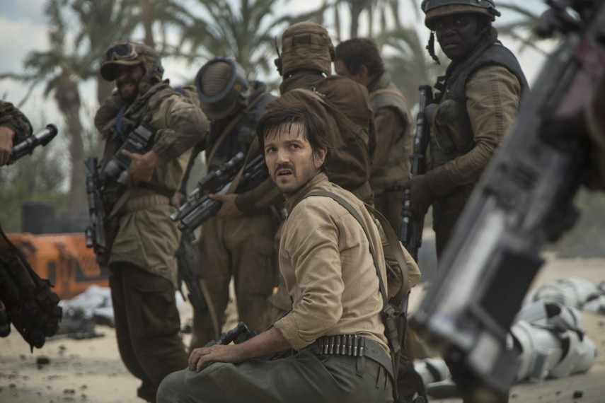 /db_data/movies/rogueoneastarwarsstory/scen/l/410_13_-_Captain_Cassian_Andorx.jpg