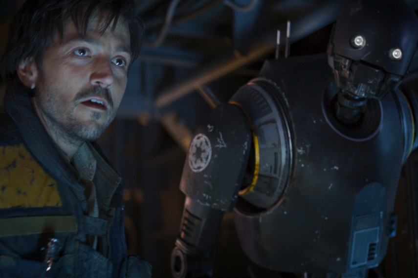 /db_data/movies/rogueoneastarwarsstory/scen/l/410_42_-_Captain_Cassian_Andor.jpg
