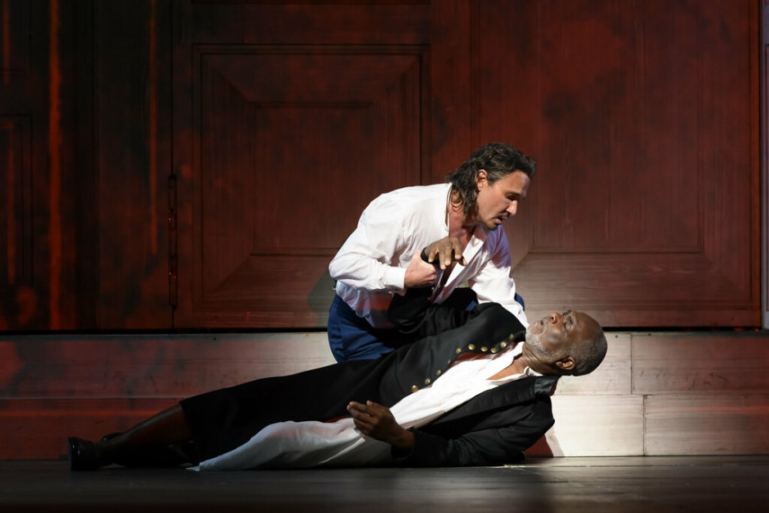 /db_data/movies/royaloperahousedongiovanni/scen/l/29217189138_2da03587cf_b.jpg