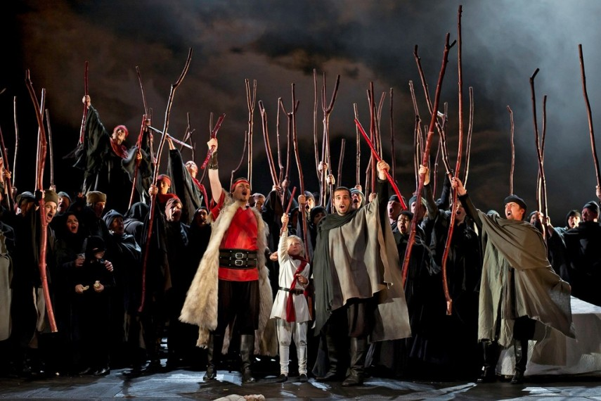 /db_data/movies/royaloperahousemacbeth/scen/l/9247883066_cded700b0f_b.jpg