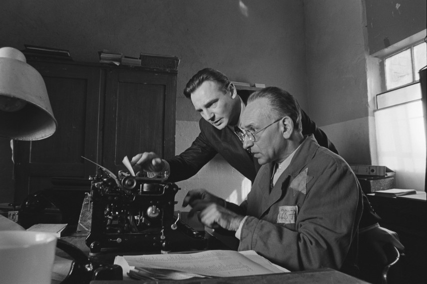 /db_data/movies/schindlerslist/scen/l/410_03_-_Scene_Picture_ov.jpg