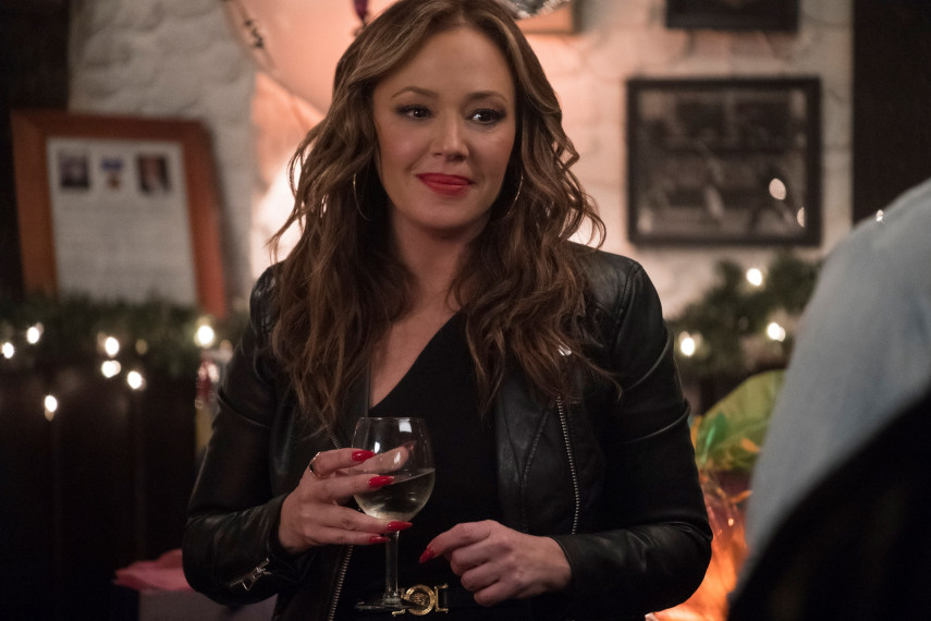 /db_data/movies/secondact/scen/l/410_03_-_Joan_Leah_Remini__201.jpg