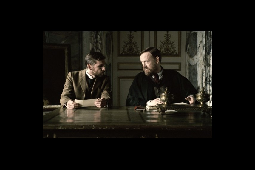 /db_data/movies/sherlockholmes2/scen/l/1-Picture45-653.jpg
