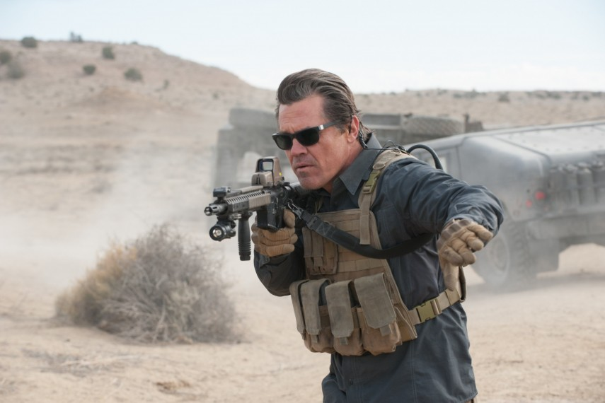 /db_data/movies/sicario2/scen/l/410_12_-_Matt_Josh_Brolin__Ric.jpg