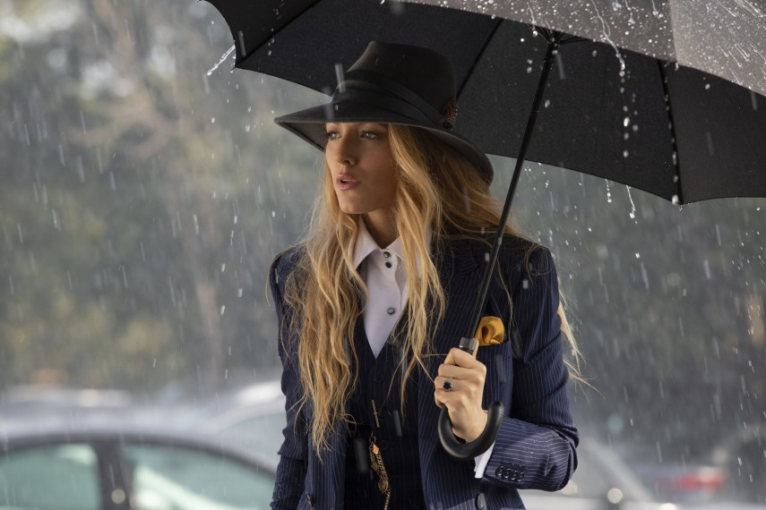 /db_data/movies/simplefavor/scen/l/410_03_-_Emily_Blake_Lively__P_1.jpg