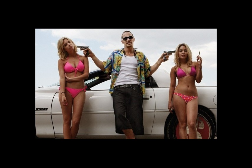 /db_data/movies/springbreakers/scen/l/06.jpg