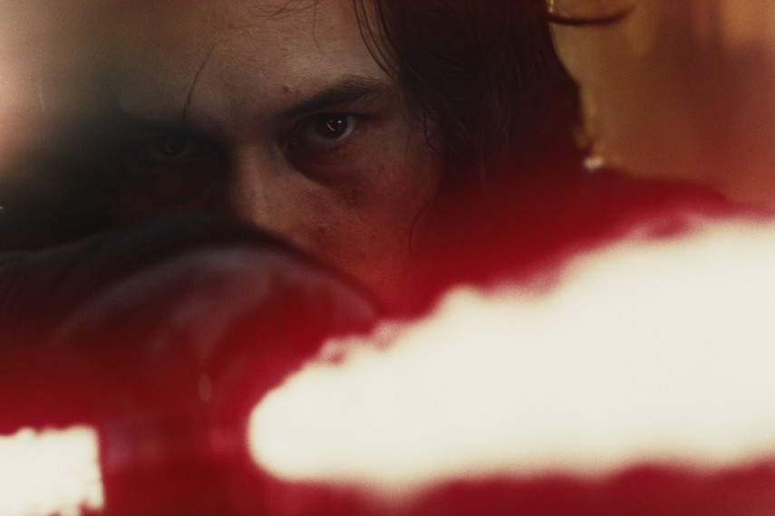 /db_data/movies/starwarsepisode8/scen/l/410_01_-_Kylo_Ren_Adam_Driver.jpg