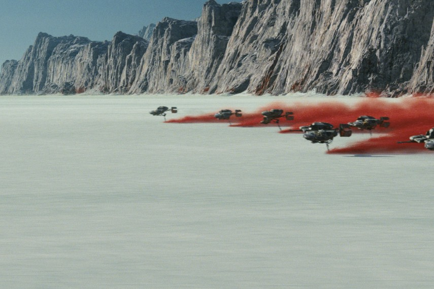 /db_data/movies/starwarsepisode8/scen/l/410_13_-_Scene_Picture.jpg