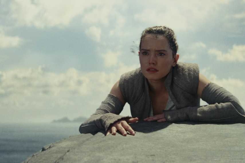 /db_data/movies/starwarsepisode8/scen/l/410_17_-_Rey_Daisy_Ridley.jpg
