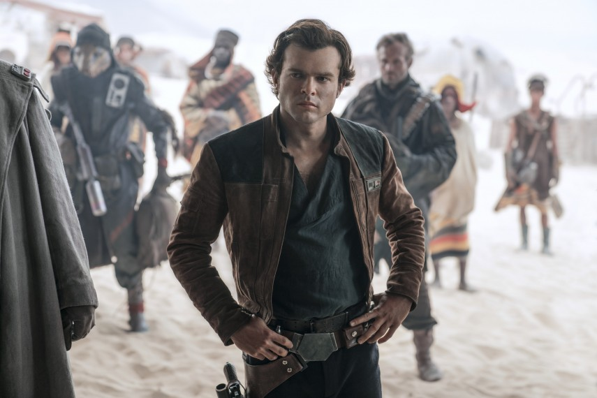 /db_data/movies/starwarshansolo/scen/l/410_19_-_Han_Solo_Alden_Ehrenreich.jpg